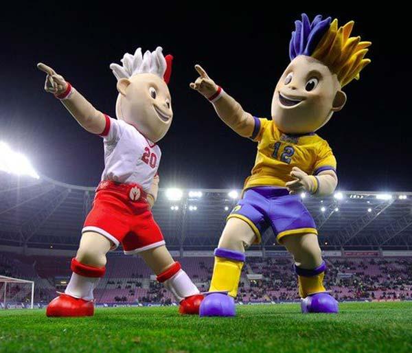 mascotte uefa Slavek Slavko 2012