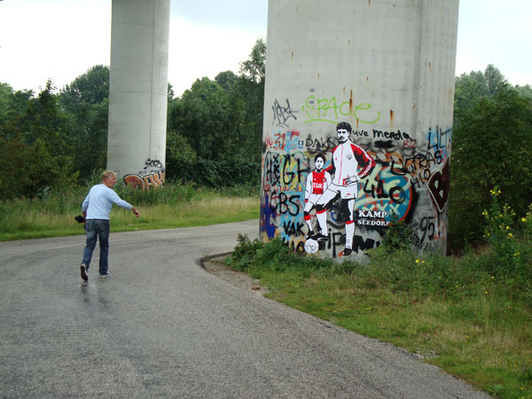 patrickkluivertfrankrijkaard streetart2