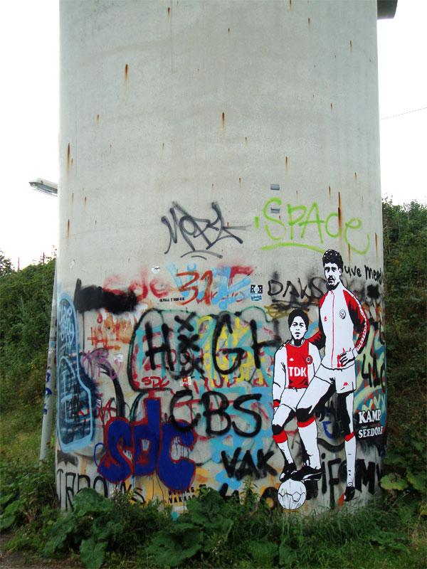 patrickkluivertfrankrijkaard streetart7