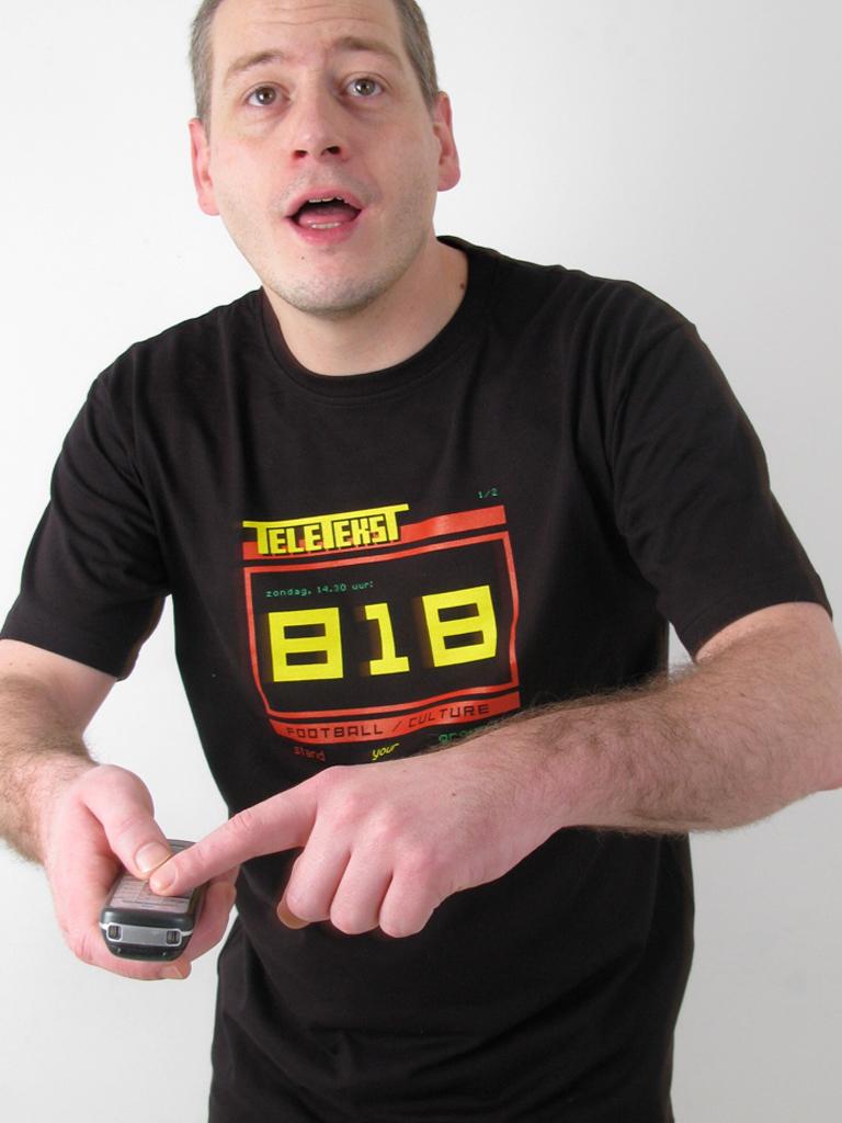 FC 100103 shirt teletekst 818 1 model1