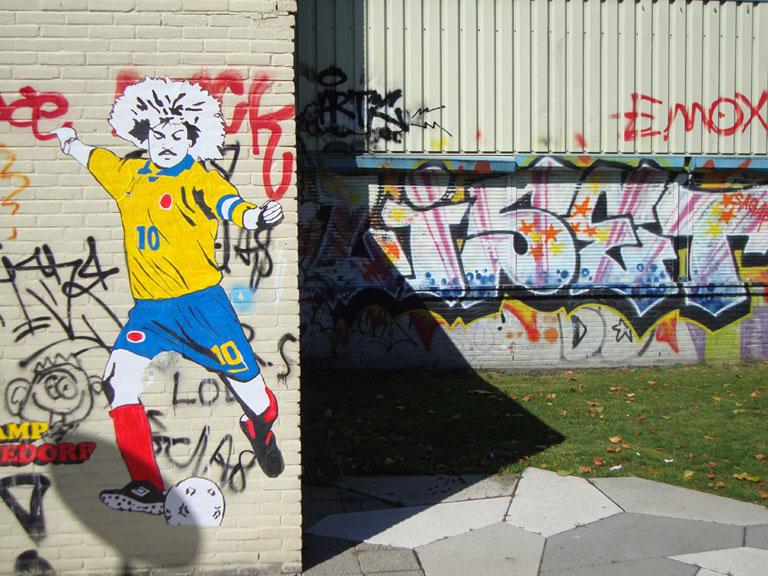 carlos-valderrama-streetart-2